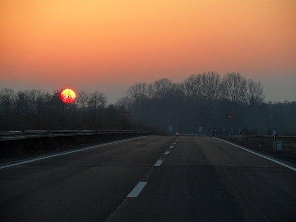 Auf der Straße zum Sonnenuntergang (c) HESSENMAGAZIN.de
