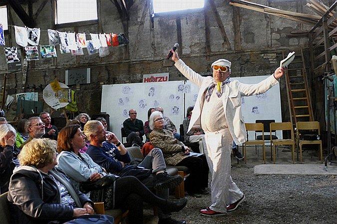 Michael Ruhl bei seinem Vortrag (c) no din productions unlimited, schlitz, TS